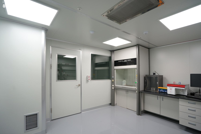 클린룸-전실